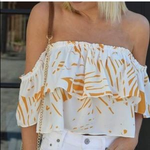 Lulu's off the shoulder palm print top